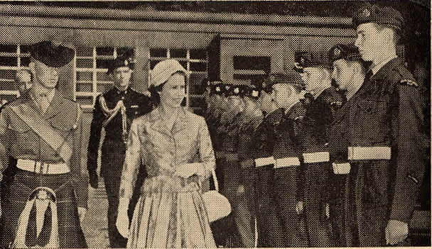 Queen_Inspects_Cadets_1958